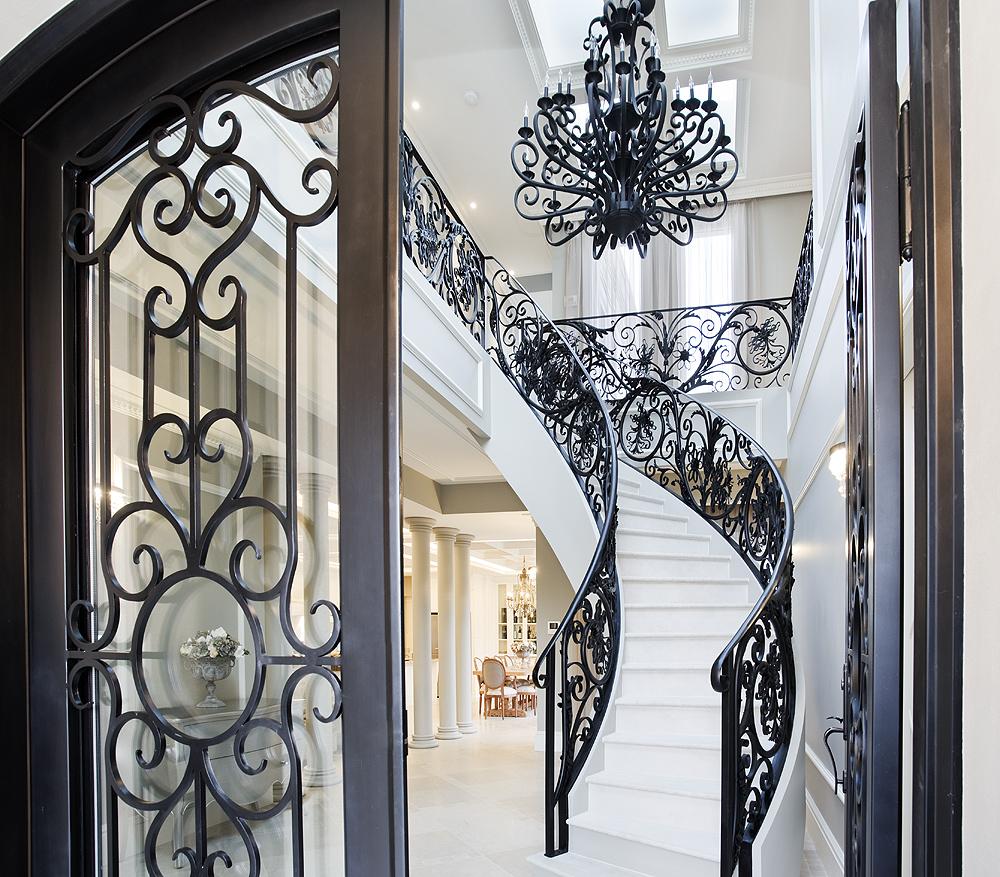 http://www.getset.com.au/wp-content/uploads/2018/10/centre_stairs2.jpg