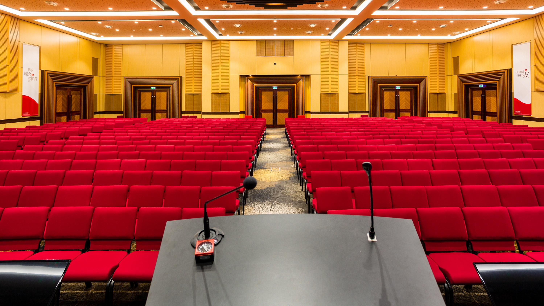 http://www.getset.com.au/wp-content/uploads/2018/12/PIA-Auditorium-4.jpg